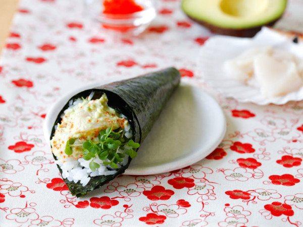 Yuki's temaki sushi hand roll